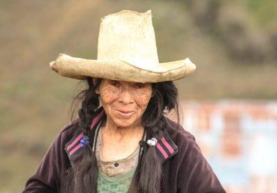 """Libro """"Agroecología en Femenino : Reflexiones a partir de nuestra experiencia"""""""