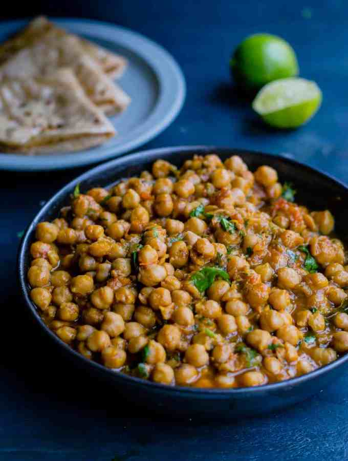 Chana Masala (Indian Chickpea curry) Recipe