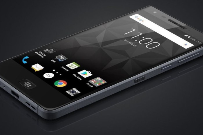 BlackBerry Motion arrives with no keyboard, 5.5-Inch Display, 4000mAh Battery