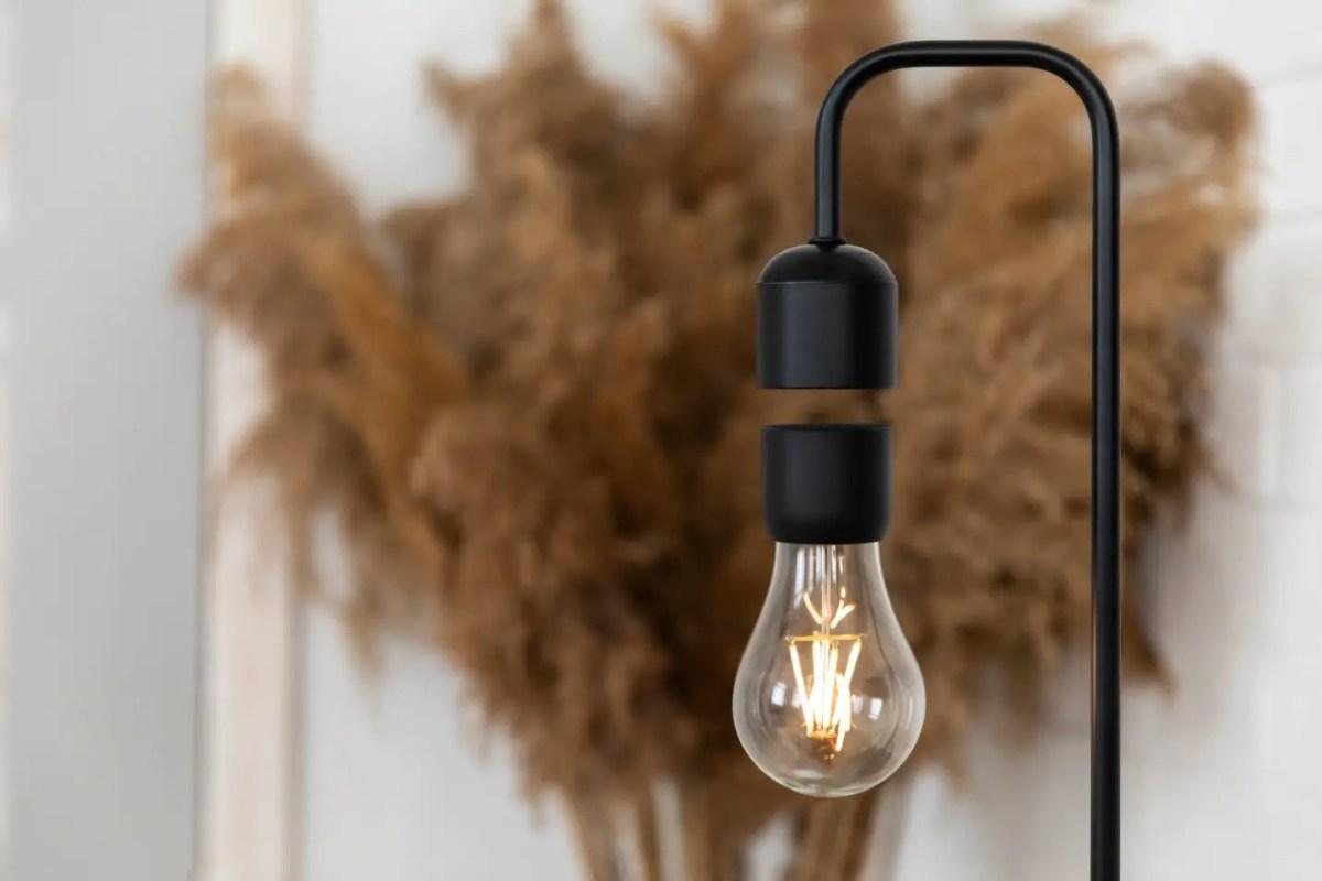 Gravita 3-in-1 Lamp