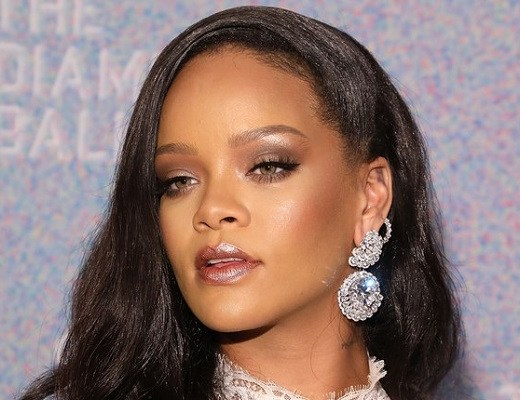 machiaj impecabil Rihanna