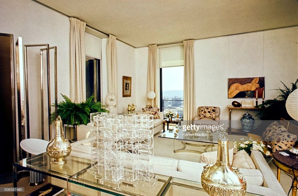 Library in the Rome apartment of Marella Agnelli, with Louise Nevelson Plexiglas sculpture in foreground and Mogdigliani painting of nude woman on far wall *** Local Caption ***