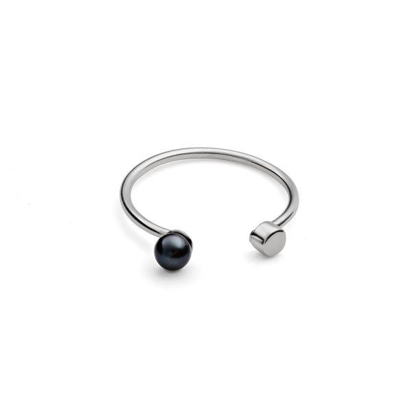 Black Pearl Dot Ring