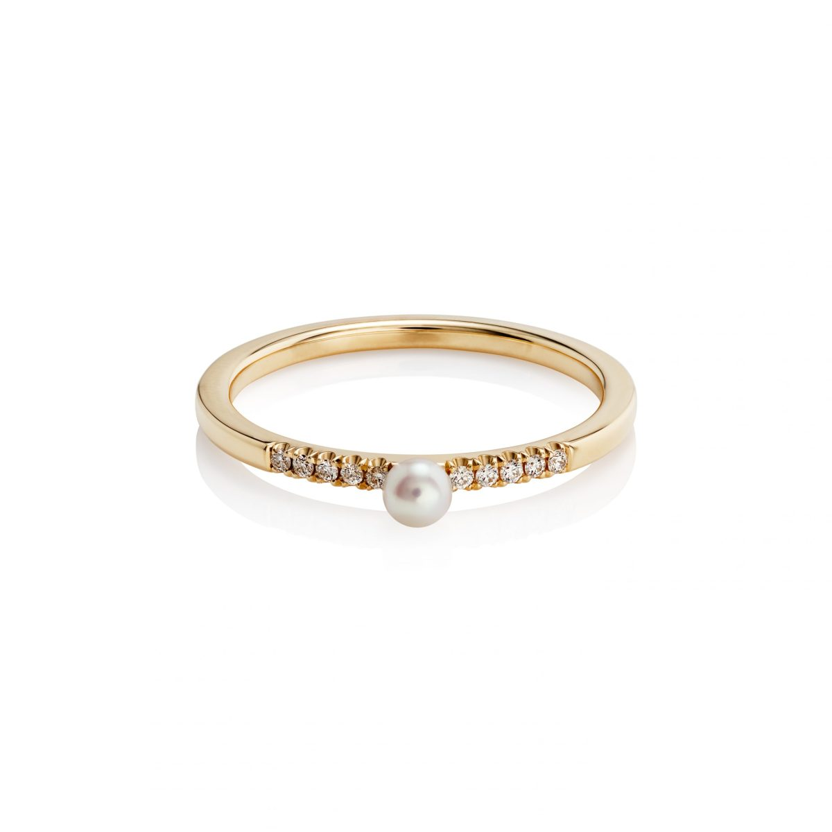 White Pearl and Diamonds Ring