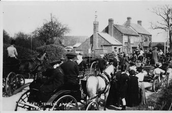 Mortimer, Turners Arms 3 c1910 South Berks Hunt meet