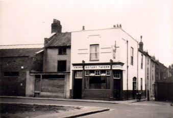 Conduit Place, St. Werburgh's, Botany Tavern, still standing but no longer a pub.
