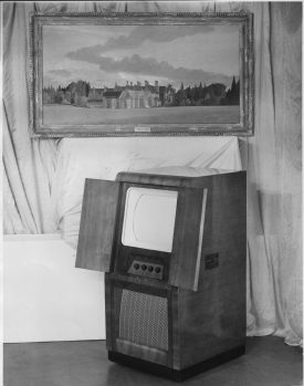 Eric Simonds' jubilee gifts from his management & staff, a TV & a portrait of his old family home, Audleys Wood.