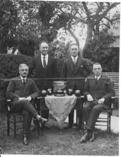 Bowls cup winners c1930