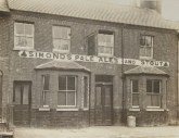 Newtown, Leopold Rd. Leopold Arms, demolished 1970's
