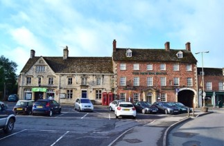Lechlade-on-Thames, The New Inn 2018
