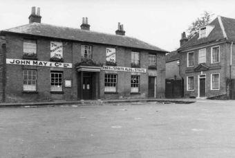 Alton, The Wheatsheaf,, a May's Brewery Pub