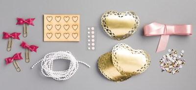 Love Blossoms Embellishment Kit