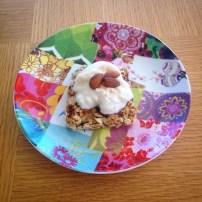 Oats, banana, greek yoghurt $ almonds