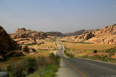 Strada per Wadi Mousa