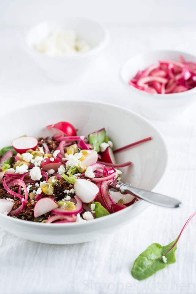 Quinoa salade met bietenblad | simoneskitchen.nl