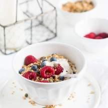 Quinoa granola |insimoneskitchen.com