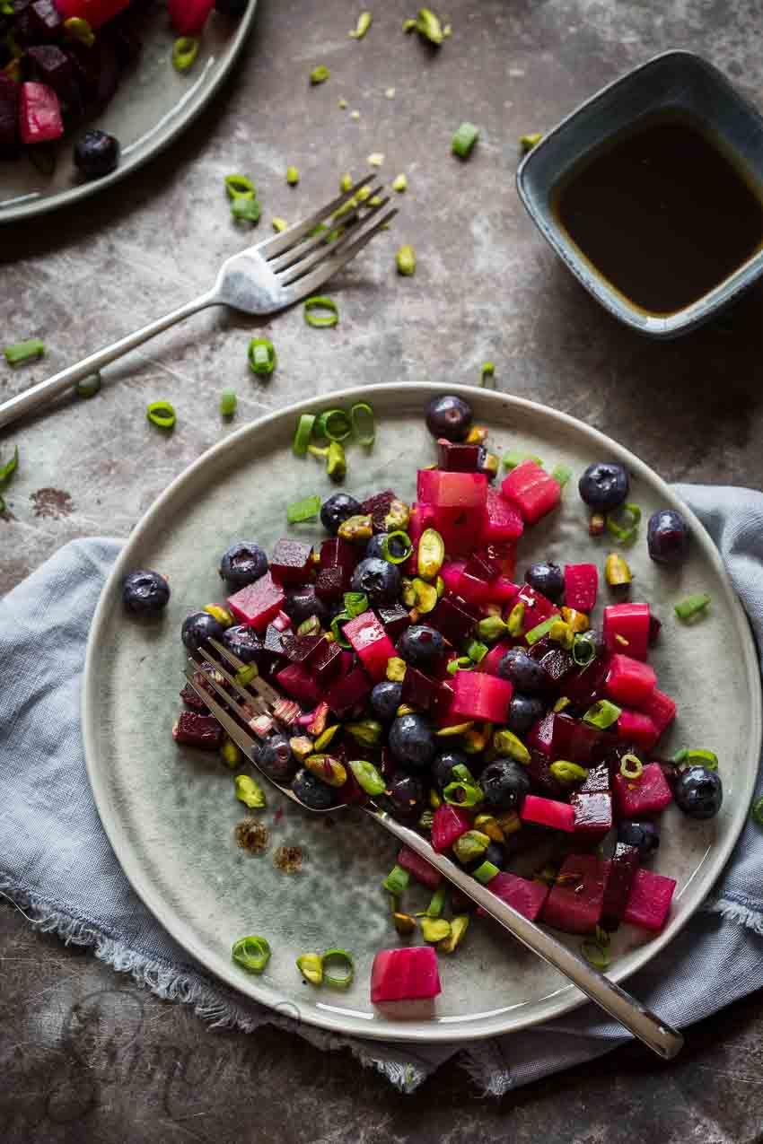 Salade van bietjes en blauwe bessen | simoneskitchen.nl