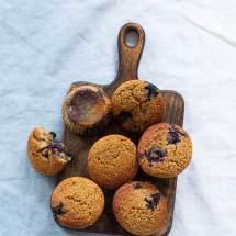 Ontbijtmuffins met blauwe bes