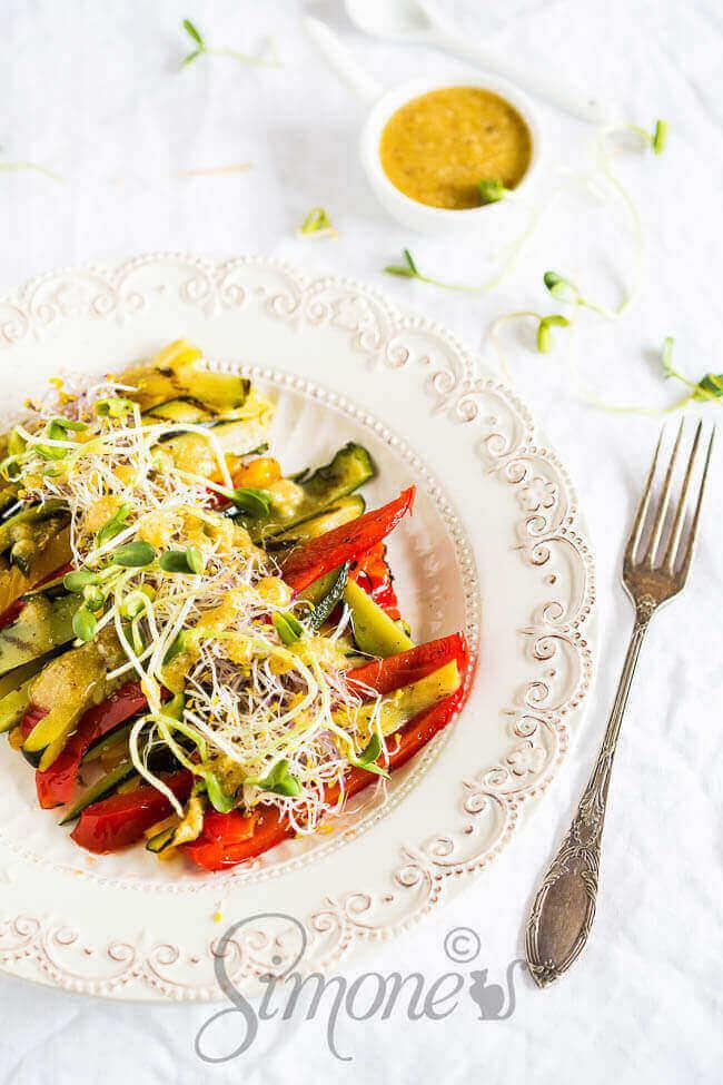 Geroosterde groenten met tahini dressing