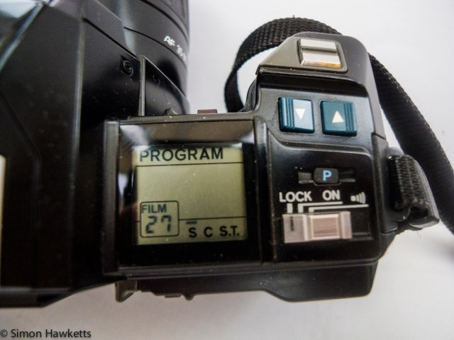 Minolta 7000 autofocus 35mm slr showing LCD display