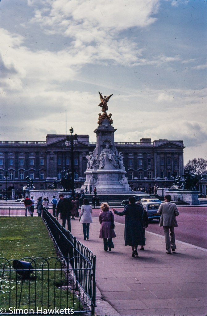 Olympus OM-20 pictures - The Victoria Memorial and Buckingham Palace on colour negative film taken about 1980