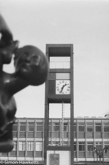 Caffenol sample picture - The statue/clock in Stevenage town centre
