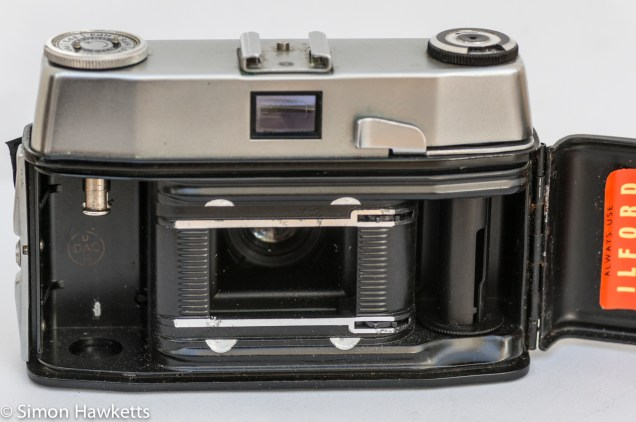 Ilford Sportsman 35mm viewfinder camera showing film chamber