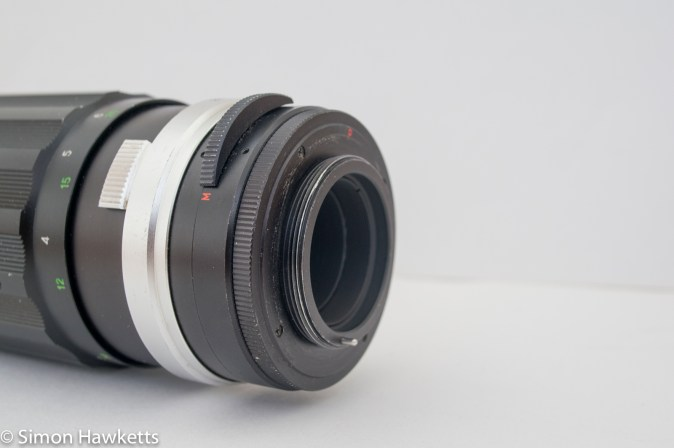 Soligor 200mm f/3.5 M42 mount showing auto/manual switch