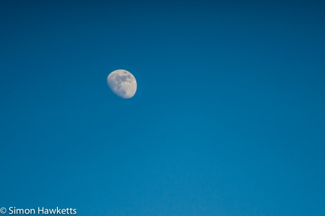 Soligor 200mm f/3.5 samples - The moon in early evening