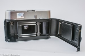 Voigtlander Dynamatic II 35mm rangefinder camera showing film chamber and light seals