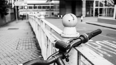 Ricoh GXR A12 28mm sample pictures - Handle bars
