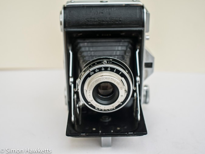 Ensign Selfix 16-20 - lens open and support down