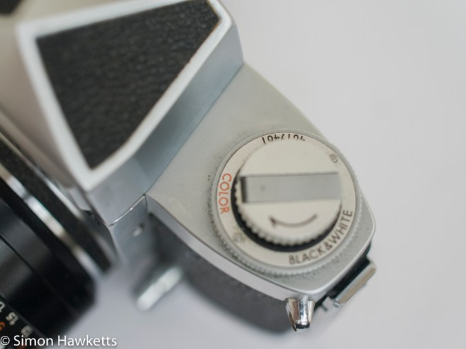 Soligor TM 35mm slr camera showing rewind and viewfinder lock