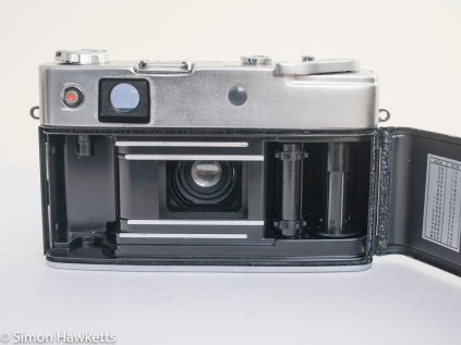 Yashica minister D film chamber