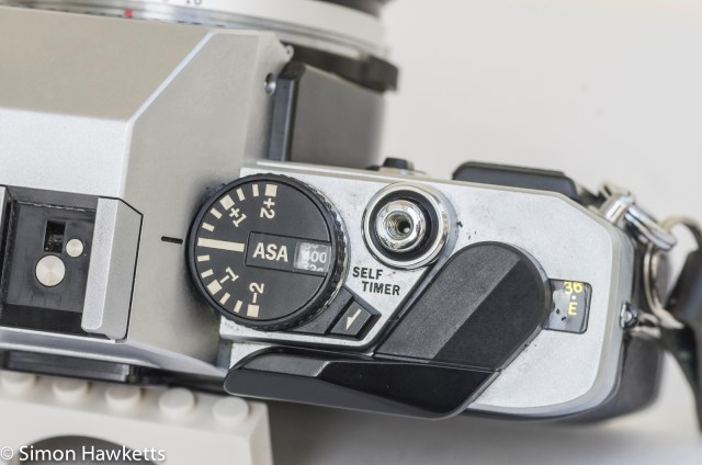 Olympus OM-20 35mm SLR - Exposure compensation, Film speed, film advance and shutter release