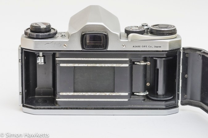 Pentax SV 35mm camera showing film chamber