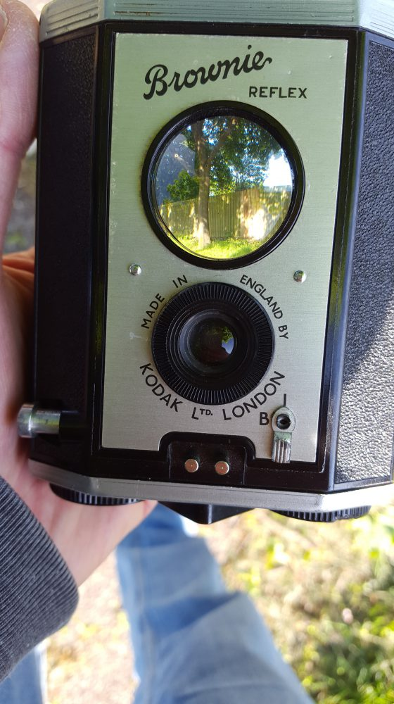 Kodak Brownie Reflex viewing lens acts as viewfinder