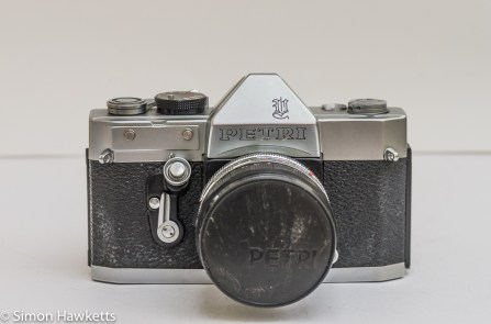 Petri Penta V6 35mm camera - front view with lens and lens cap on