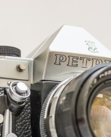 Petri Penta V6 35mm camera - front view with Petri lens
