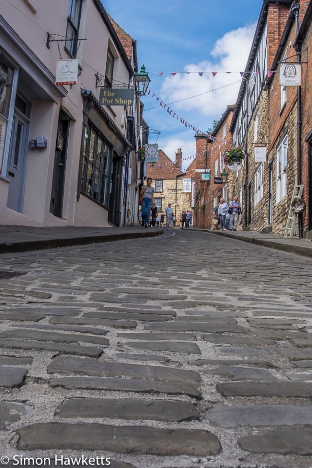 Lincoln city pictures with fuji x-t1 - Looking up steep hill