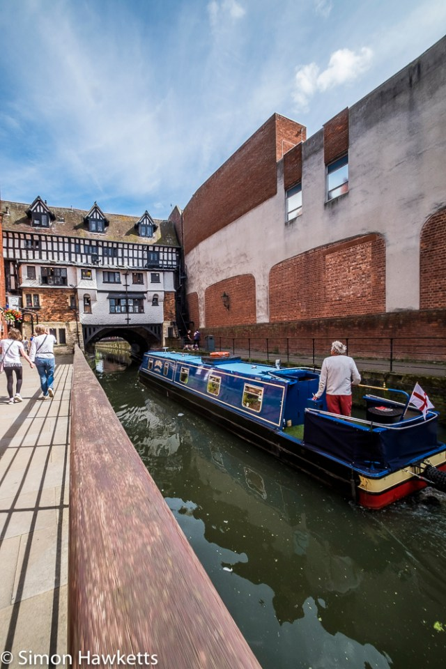 Lincoln city pictures with fuji x-t1 - Narrowboat navigating through the city