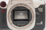 Canon EOS 50e 35mm autofocus camera - lens mount with lens removed