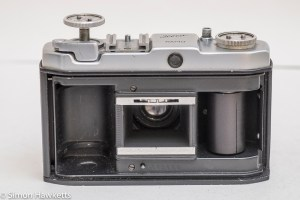 Iloca rapid 35mm viewfinder camera - back cover removed