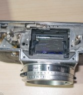 Image of the Kodak Retina Reflex S camera with top removed