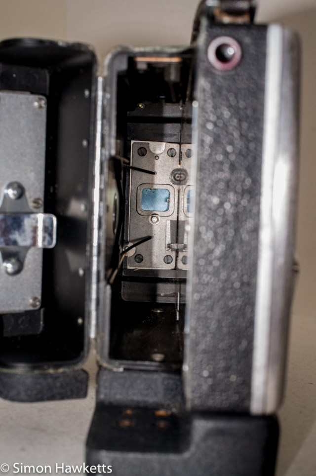 Bell & Howell 200EE cine camera - Inside the film compartment
