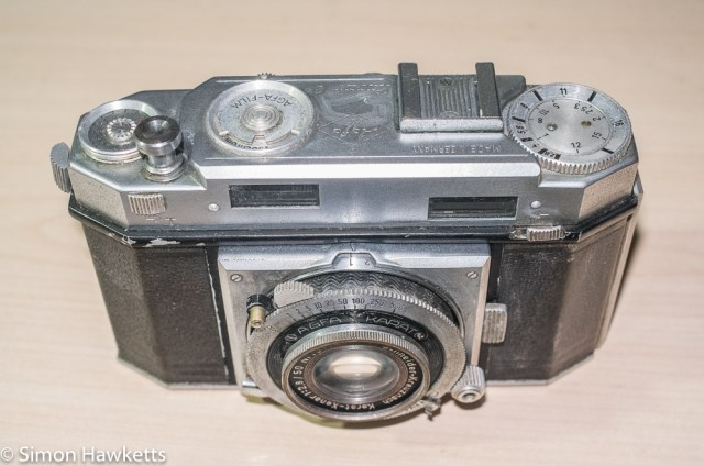 Cleaning and servicing the Agfa Karat 12 film advance. 1