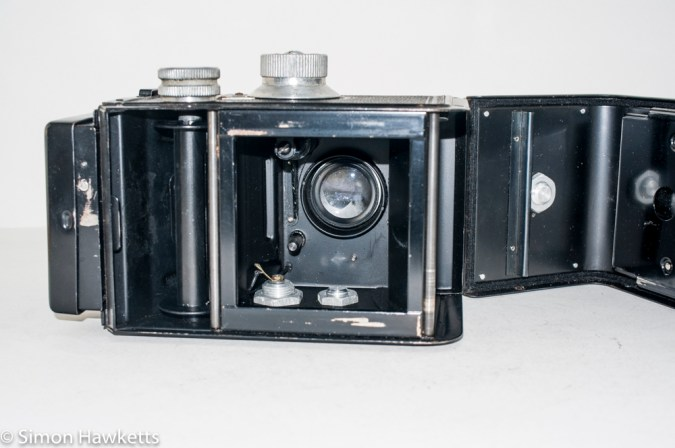 Ciro-Flex medium format twin lens reflex camera - camera internal view