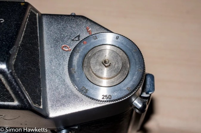 Exakta Exa II shutter repair  - Film type reminder removed