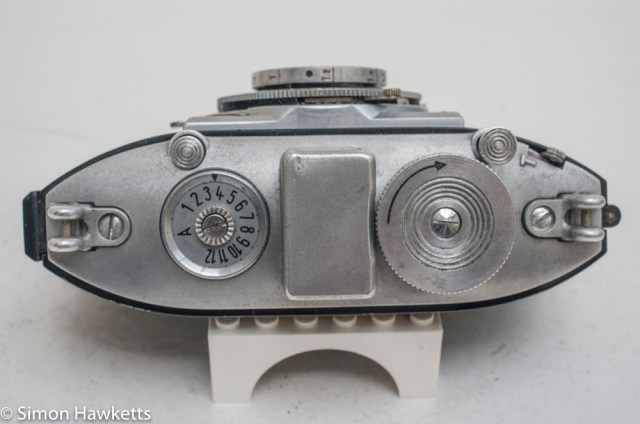 Agfa Karat viewfinder camera with strap lugs 2