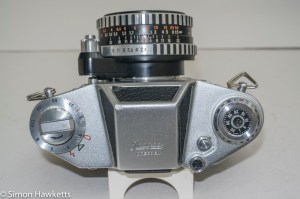 Ihagee Exakta IIa 35mm camera - top view showing control layout